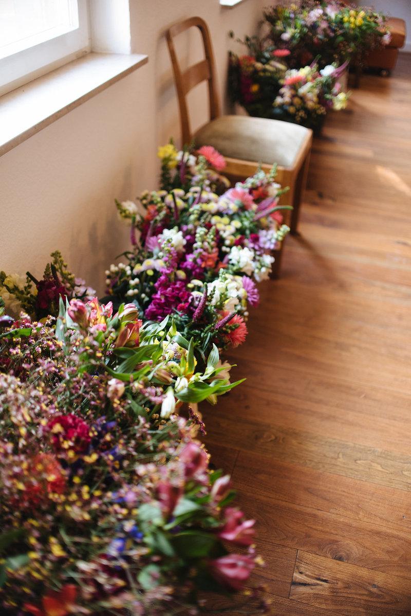Die Blumenauswahl des Workshop für natürlich wilde Sträuße von Wildflower - Friederike Paul